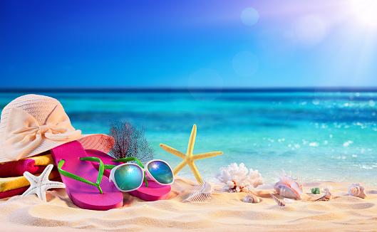 istock Beach Accessories With Seashells On Seashore - Summer Holidays 957583070