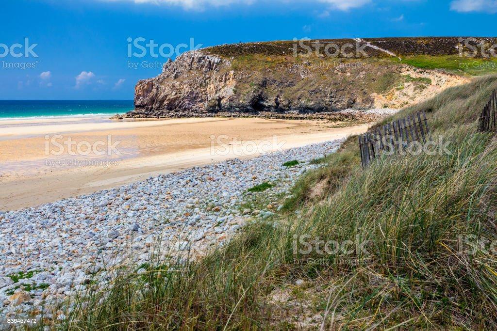 Beach Anse de Pen Hat on the Presqu'ile de Crozon, Parc naturel regional d'Armorique. Finistere department, Crozon. Brittany (Bretagne), France. stock photo