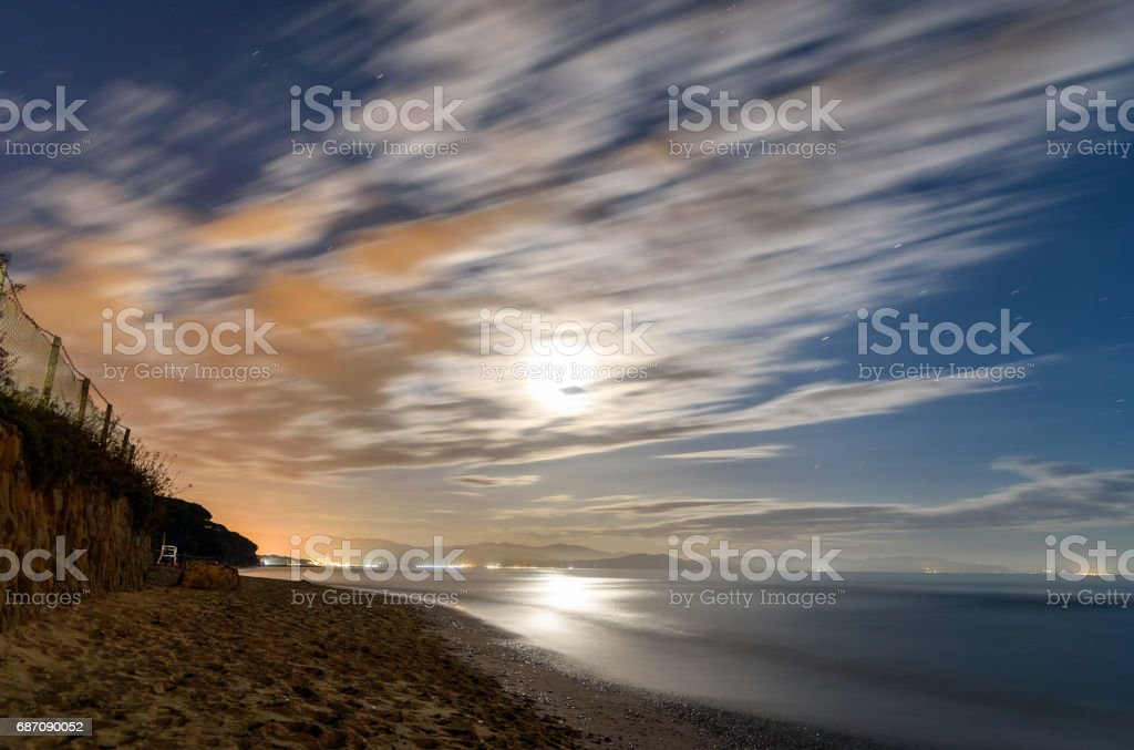 Strand bei Nacht Lizenzfreies stock-foto