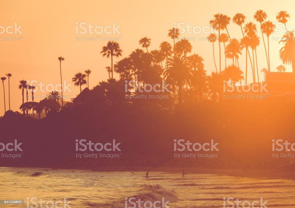 Playa al atardecer, California - foto de stock