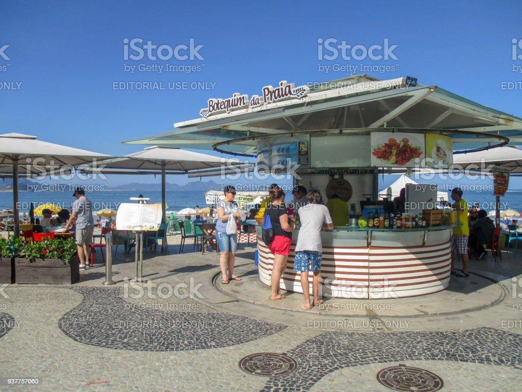 Chiringuito En La Playa De Copacabana En Río De Janeiro