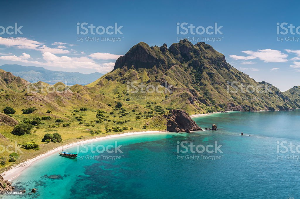 Beach bay in der Komodo National Park in Indonesien – Foto