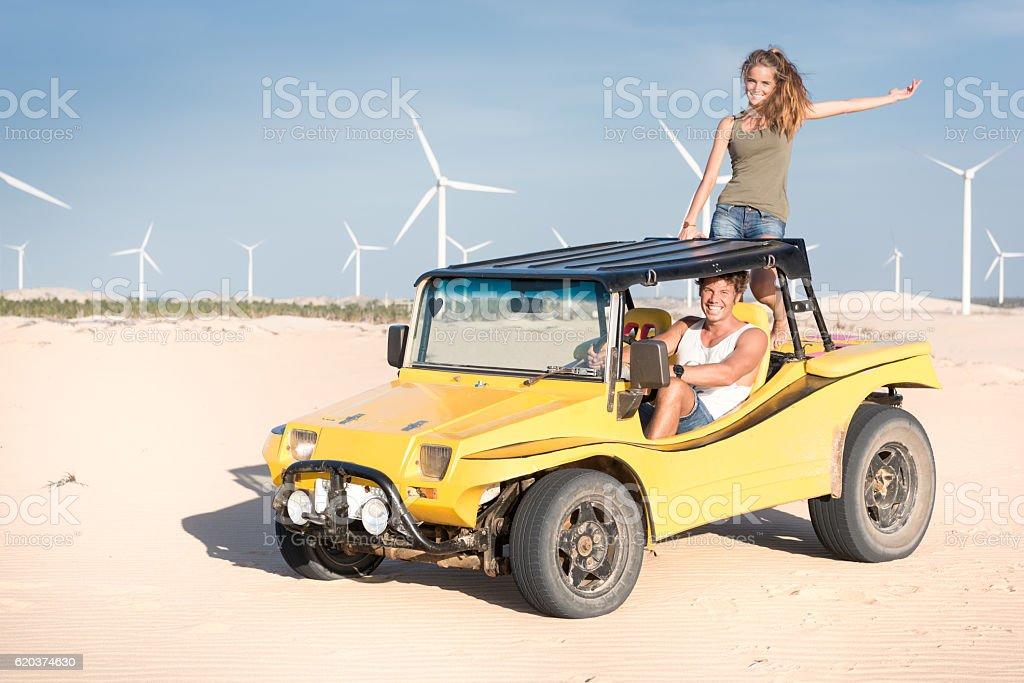 Beach Buggy ride over Sand Dunes, Brasil foto de stock royalty-free