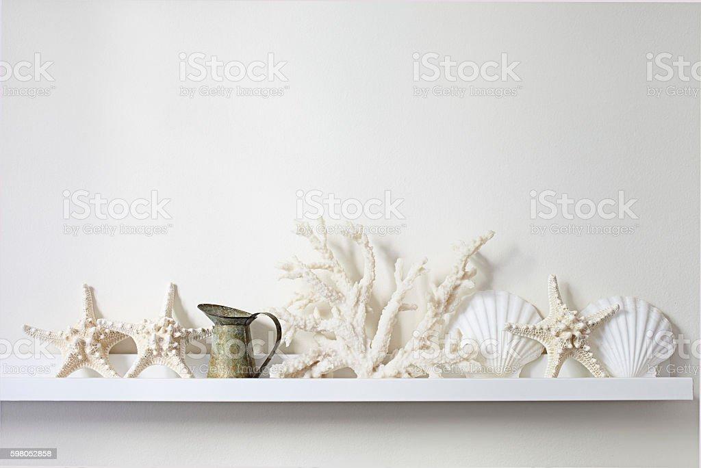 beach decor shelf - foto de stock