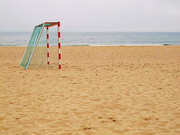 beach footy - futebol de areia - fotografias e filmes do acervo