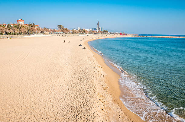 Playa en Barcelona - foto de stock