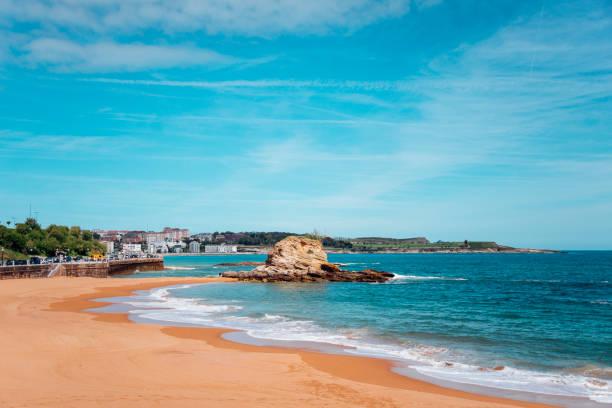Beach in Santander Camello beach in Santander, Spain. santander spain stock pictures, royalty-free photos & images