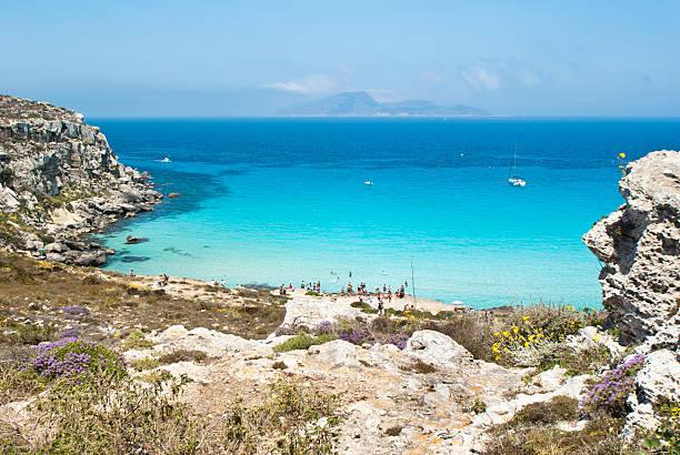 beach of favignana. aegadian island - foto stock