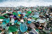 ガラス小石のビーチ