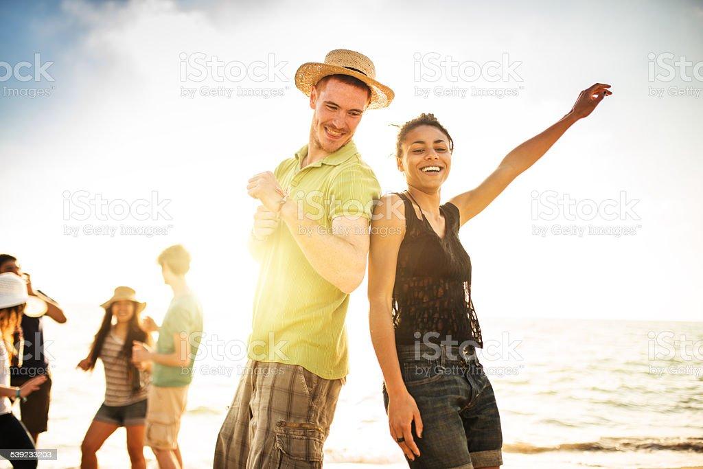 Fiesta en la playa de verano foto de stock libre de derechos