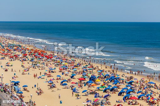 Beach full of people