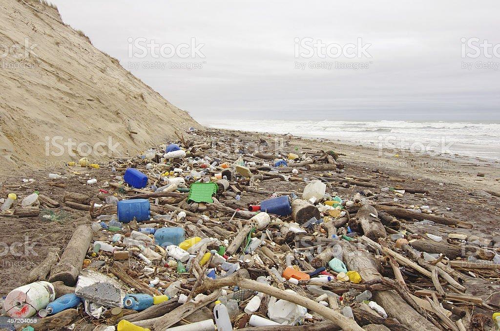 Playa la contaminación - foto de stock