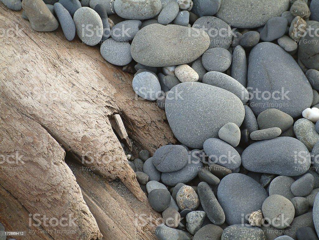 beach rocks & driftwood royalty-free stock photo