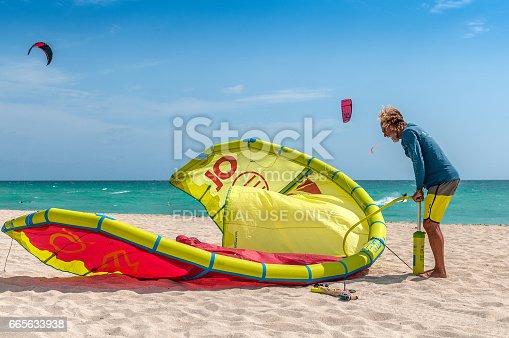 istock Beach sports 665633938