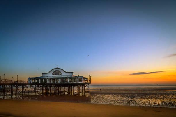 beach sunrise - 林肯郡 個照片及圖片檔