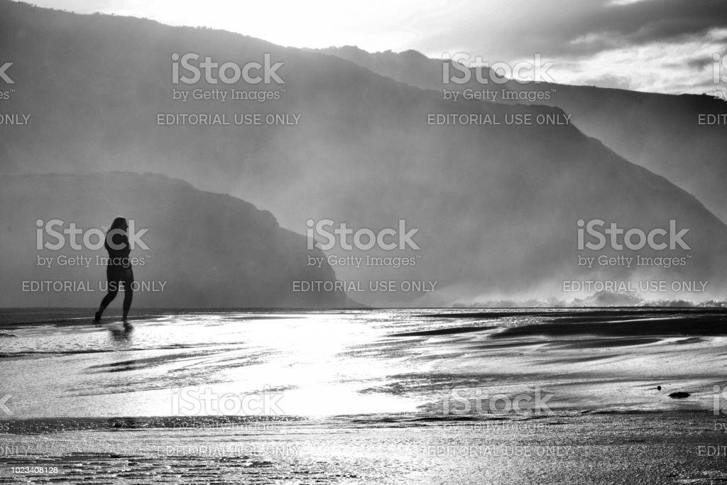Atardecer en la playa  - foto de stock
