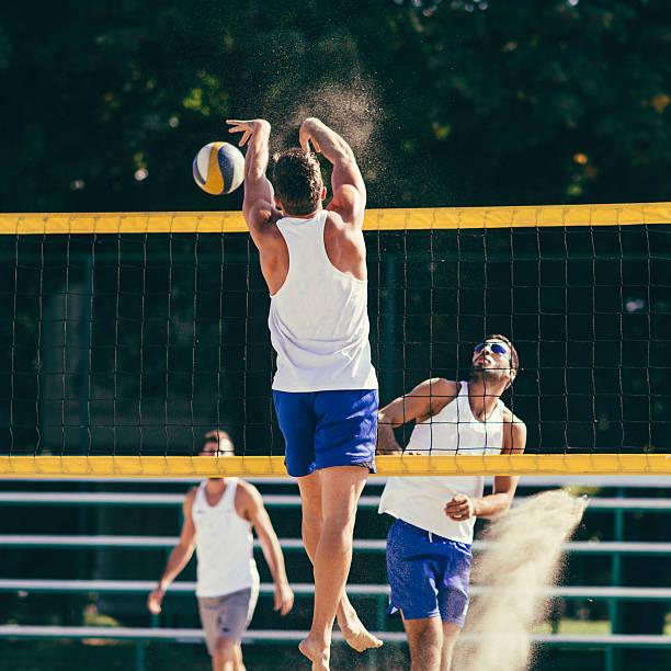 beach volleyball action - 殺球 個照片及圖片檔