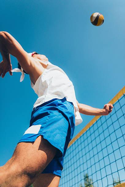 beach volleyball spike shot - 殺球 個照片及圖片檔