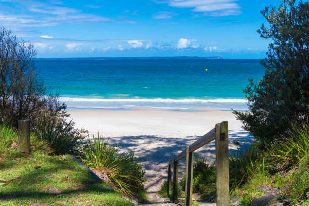 Strand mit Meerblick in der Stadt Huskisson, NSW, Australia, einer kleinen Küstenstadt bekannt als Tor zum Jervis Bay area – Foto
