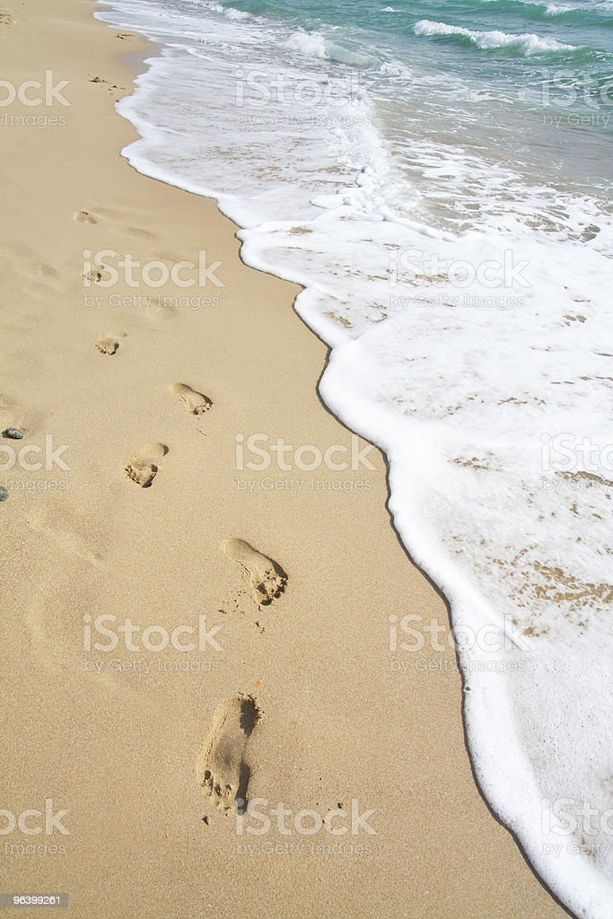 beach, wave and footsteps - Royalty-free Backgrounds Stock Photo