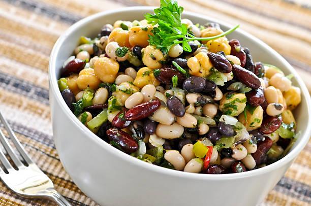 bean salad - fasulye stok fotoğraflar ve resimler