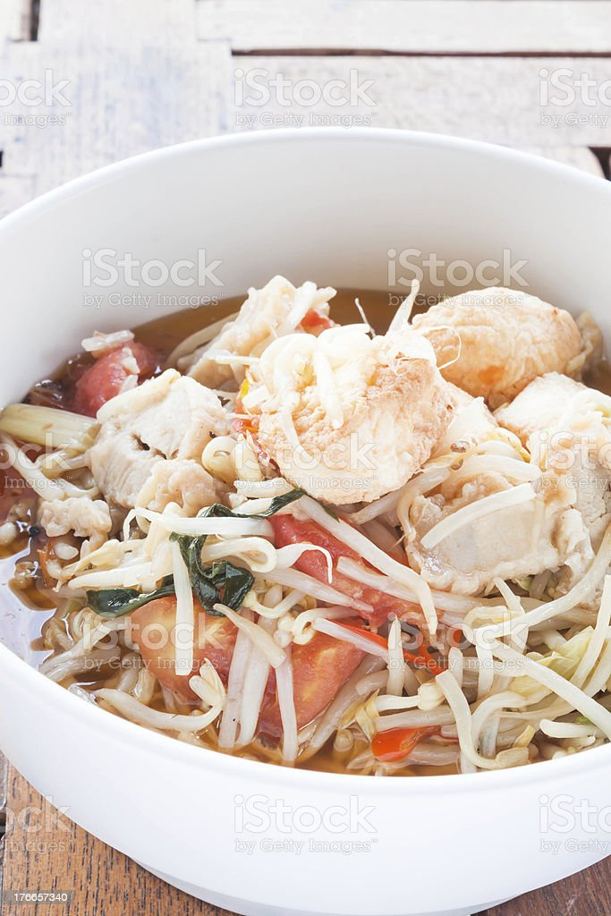 Bean sprout and tomato stir fry with tofu royalty-free stock photo