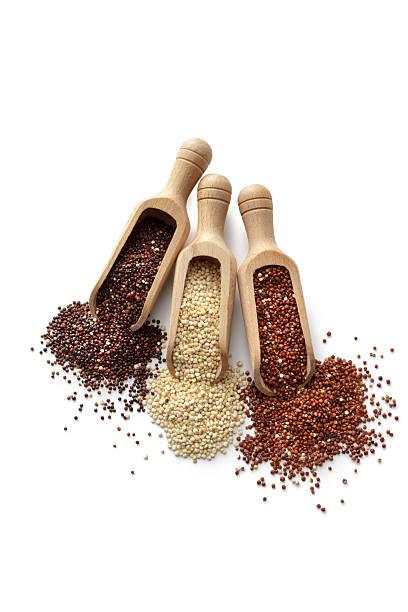 beans, lentils, peas and grains: quinoa isolated on white background - quinoa superfood stock-fotos und bilder