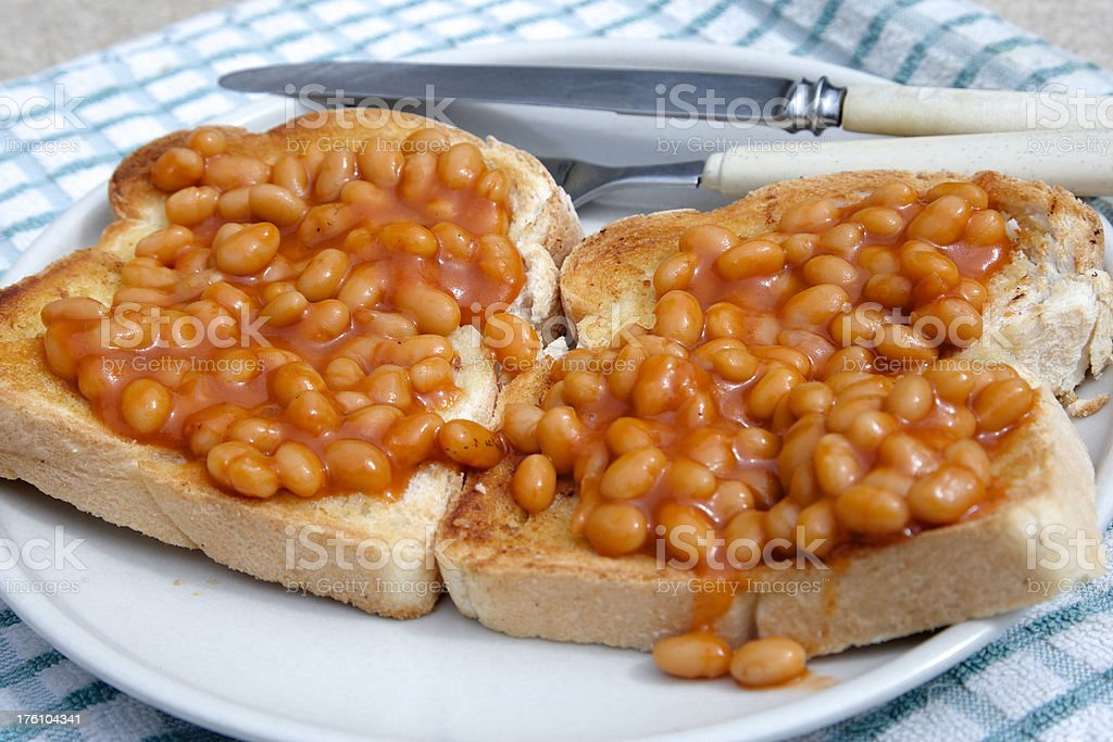 Su pane tostato fagioli - foto stock