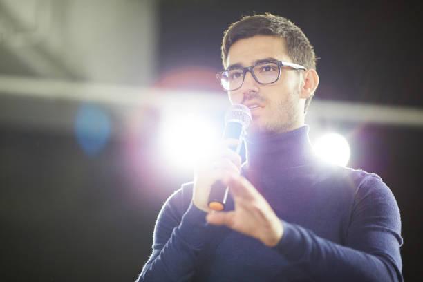 bearded designer making presentation - altoparlante hardware audio foto e immagini stock