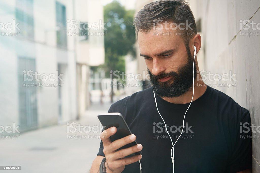 Bearded Muscular Man Wearing Black Tshirt Blank Snapback Cap Summer стоковое фото