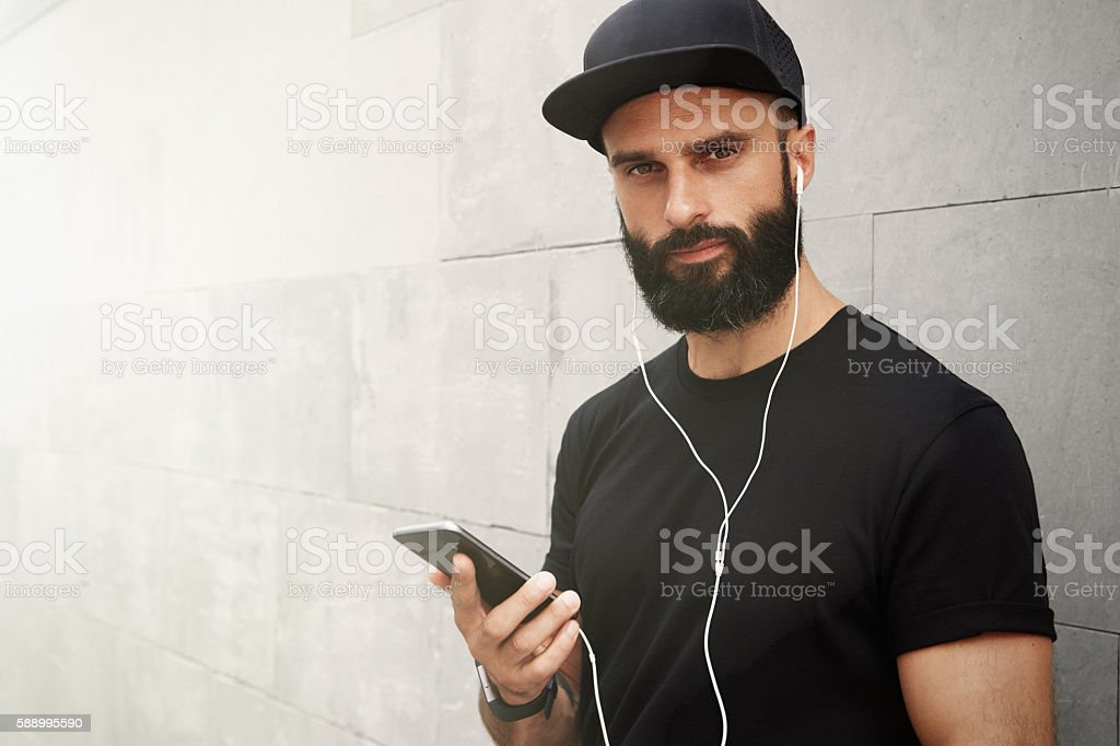 Bearded Muscular Man Wearing Black Tshirt Blank Snapback Cap Summer стоковое фото