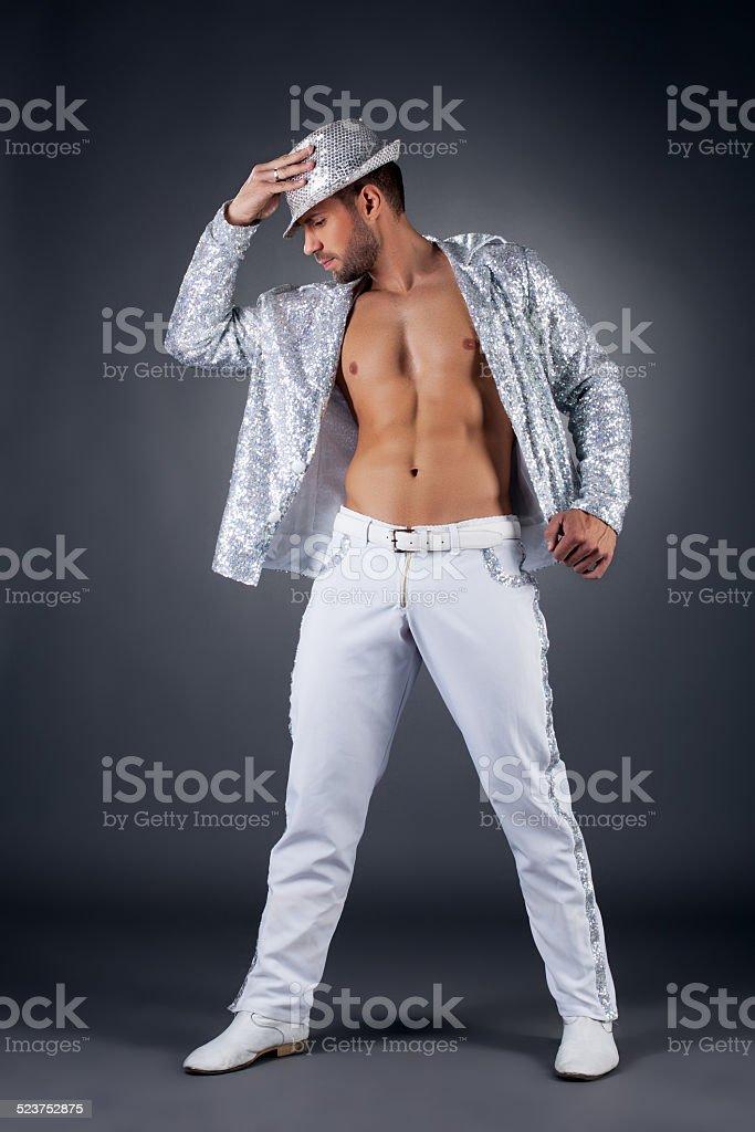 Deutsche striptease-Tänzerin posieren in glänzendem suit – Foto