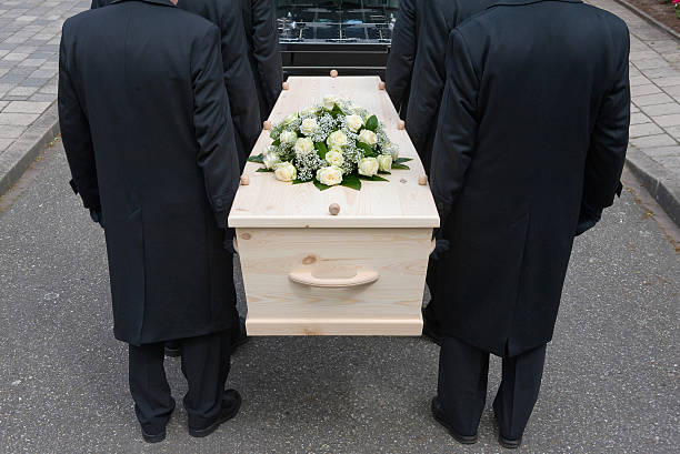 bearers di bara - funerale foto e immagini stock