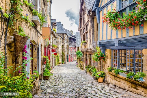 istock Beautiful alley in an old town in Europe 663910936