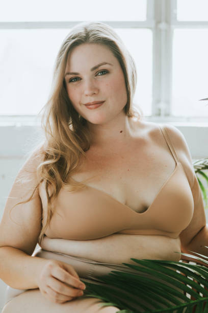 modell plus size nackt