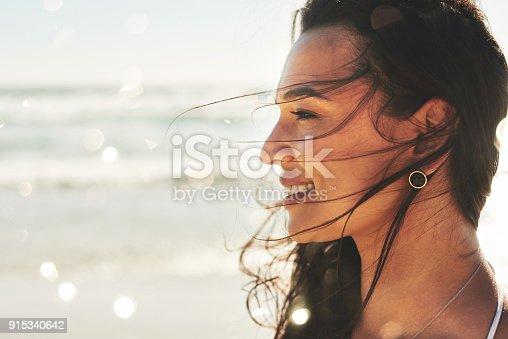 istock Beautiful and free, just like the sea 915340642