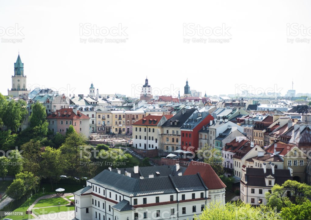 vackra arkitekturen i den gamla staden - Royaltyfri Arkitektur Bildbanksbilder