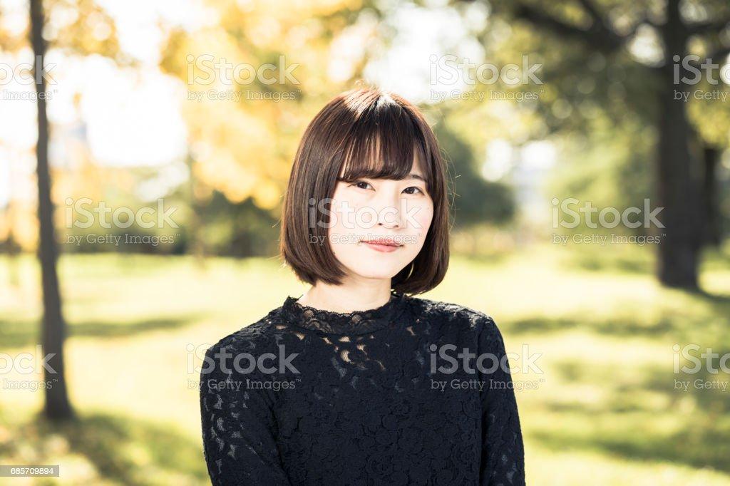 Schöne asiatische Frauen entspannt Lizenzfreies stock-foto
