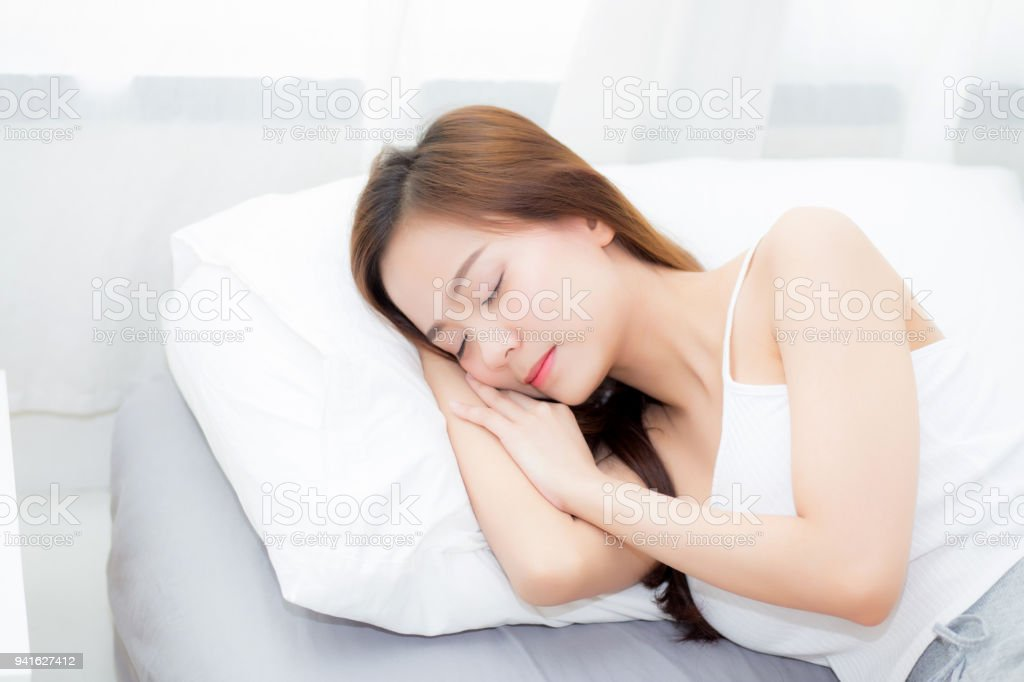 nude-sites-asian-girl-sleeping