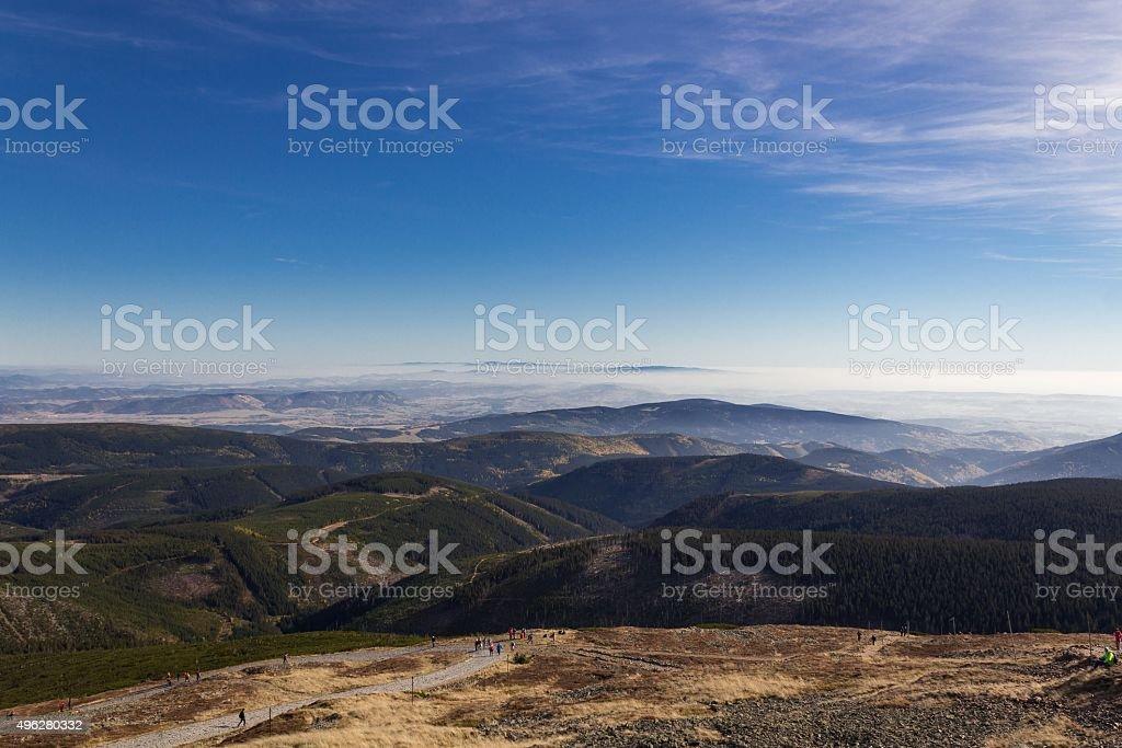 Piękne jesienią widok z góry Karkonosze – zdjęcie