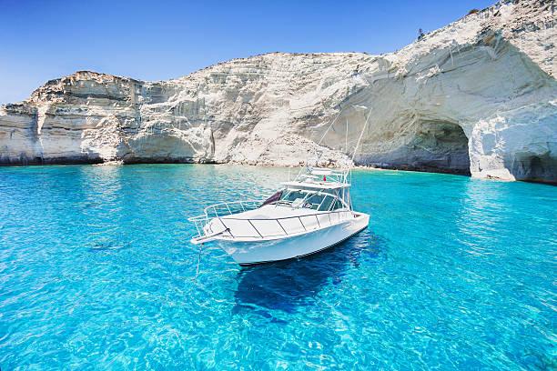 Hermosa bahía en Grecia - foto de stock