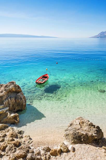 Bella Bahía, riviera de Makarska, Croacia - foto de stock
