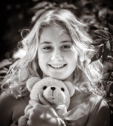 one girl only,  portrait, 2-3 years, blond hair
