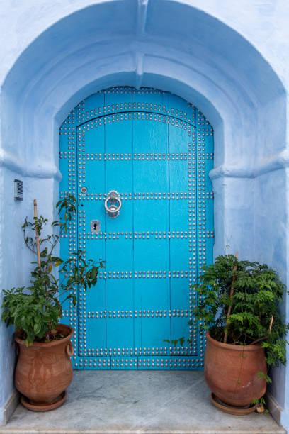 チェフチャウエンに家に美しい青い入り口 ストックフォト