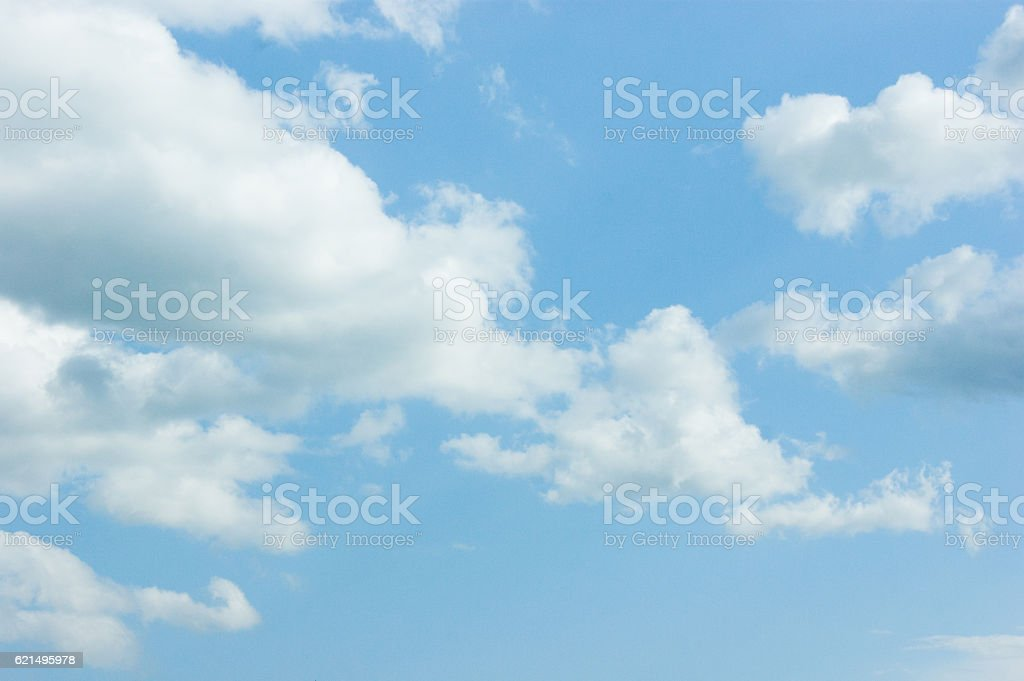 Beautiful blue sky with clouds and sun Lizenzfreies stock-foto