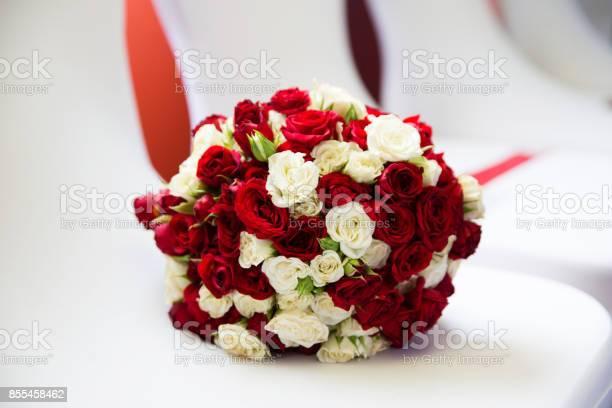 Beautiful bridal bouquet picture id855458462?b=1&k=6&m=855458462&s=612x612&h=xgpepkbpv5u1wbwraejaife1mwidypsp  bsmj5nqb8=