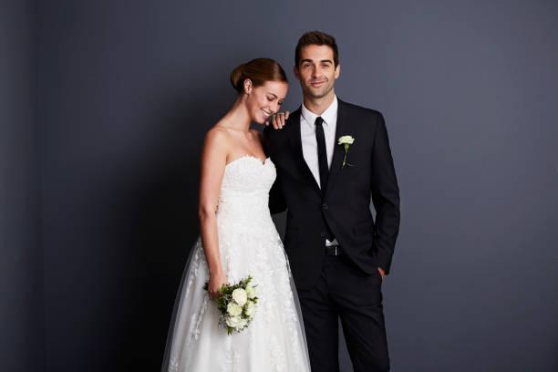 Schöne Braut und Bräutigam – Foto