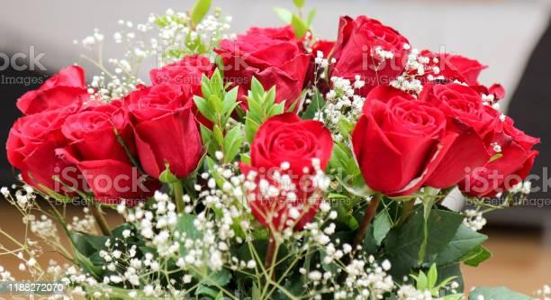 Beautiful bunch of red roses picture id1188272070?b=1&k=6&m=1188272070&s=612x612&h=e21ev0kygb2a32rg5zgqt zqjqepksn2ev wr gkufy=