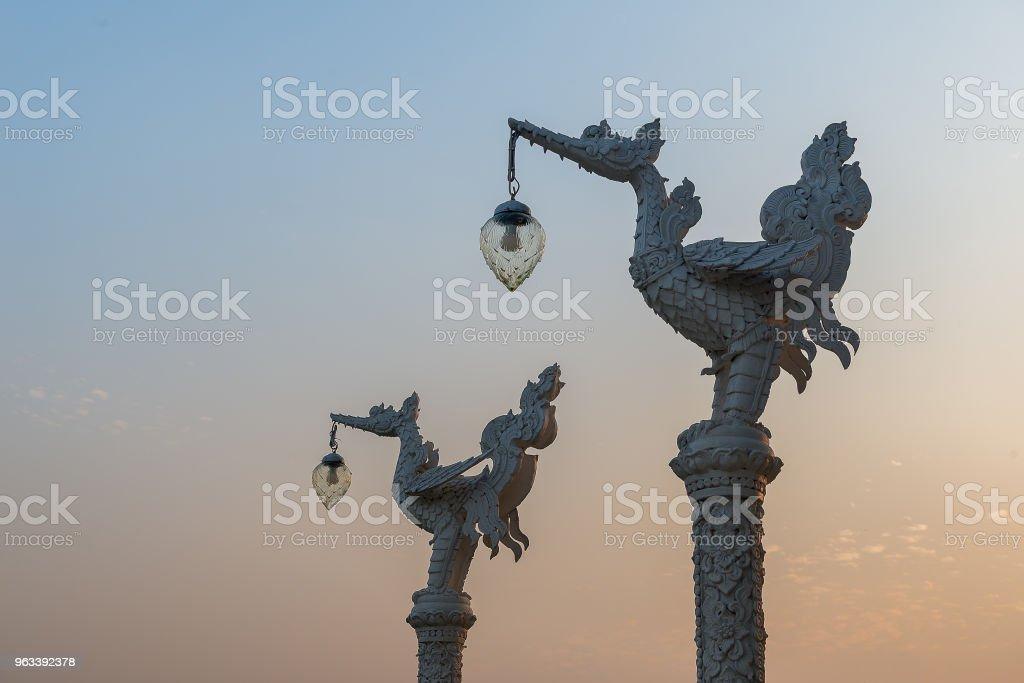 Piękna chińsko-tajlandzka świątynia stlye - Zbiór zdjęć royalty-free (Architektura)