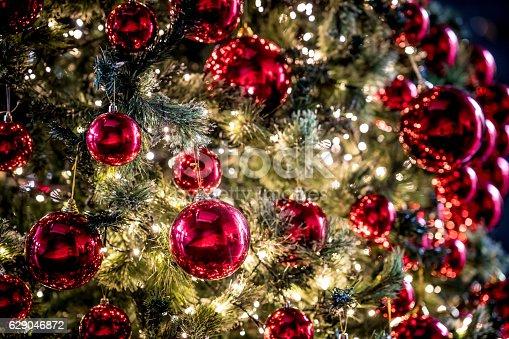 istock Beautiful Christmas tree 629046872